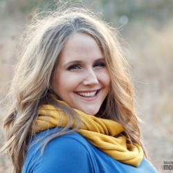 Becky Kiser - Color Headshot Horizontal