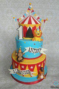 Smash Cakery Circus Cake