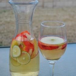 The Perfect White Wine Sangria