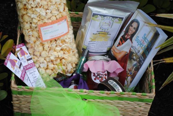 Mother's Day Market - Gift Basket (1)