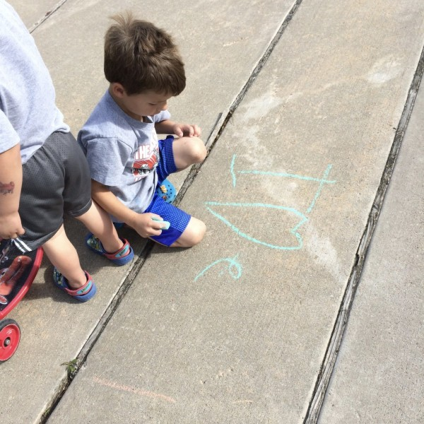 6 Sidewalk Chalk Ideas You Might Not Think To Try    Houston Moms Blog