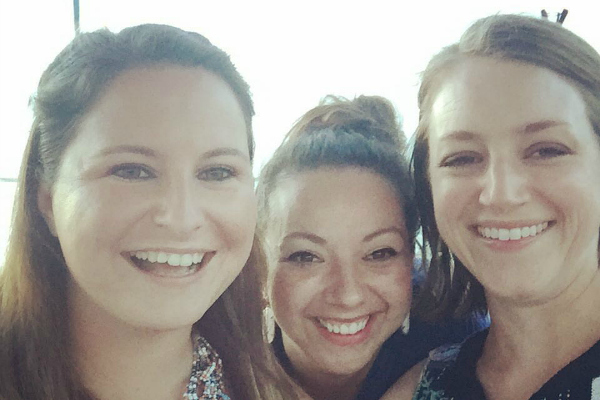 Why Motherhood Can't Be An Excuse to Suck at Friendship | Houston Moms Blog