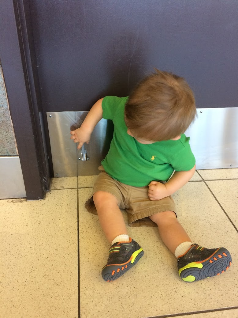 12 of the Most Kid-Friendly Airports Across the U.S. | Houston Moms Blog