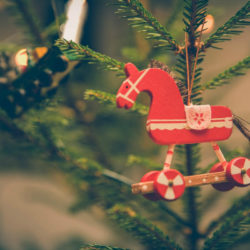 5 Ways Toddlers Can Give Back This Christmas | Houston Moms Blog