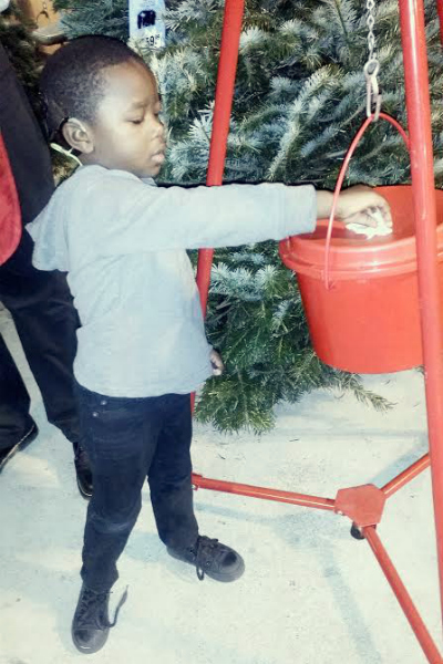 5 Ways Toddlers Can Give Back This Christmas   Houston Moms Blog