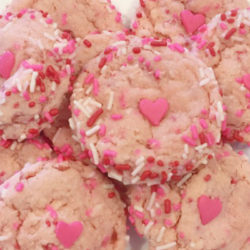 Valentine Sprinkle Cookies for Your Lovebug | Houston Moms Blog