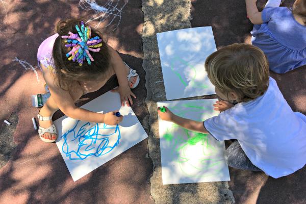 4 Ways to Foster Art Independence | Houston Moms Blog