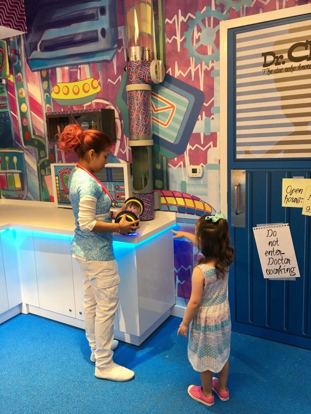 Distroller World Gives Kids an Imaginative and Interactive Adoption Experience | Houston Moms Blog