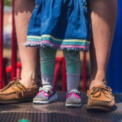 dad_child_on_playground