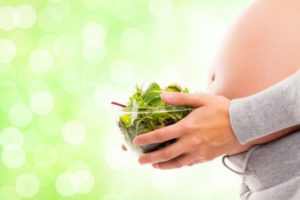 The Vegetarian Pregnancy:: Is it Easy Being Green? | Houston Moms Blog