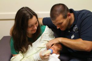 How to Be an Angel to a NICU Family | Houston Moms Blog