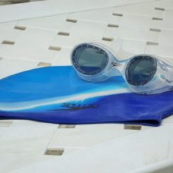 swim_goggles_cap
