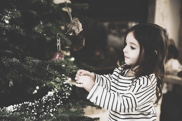 Starting New Traditions:: A View of The Holidays from Single Parents   Houston Moms Blog