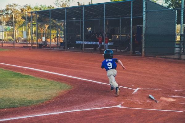 I'm a Bad Baseball Mom and I Don't Sweat It | Houston Moms Blog