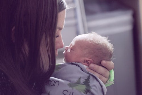 A Love Letter to My New-Mom Friend | Houston Moms Blog