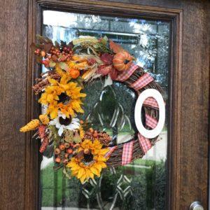Easy Fall Crafting:: DIY Wreath and Halloween Sensory Bin