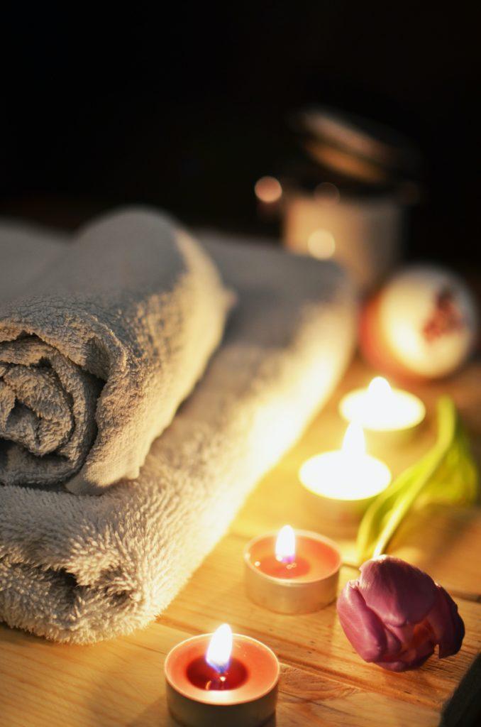 Goodnight, Mama:: 10 Ways to Beat Stress and Get Sleep
