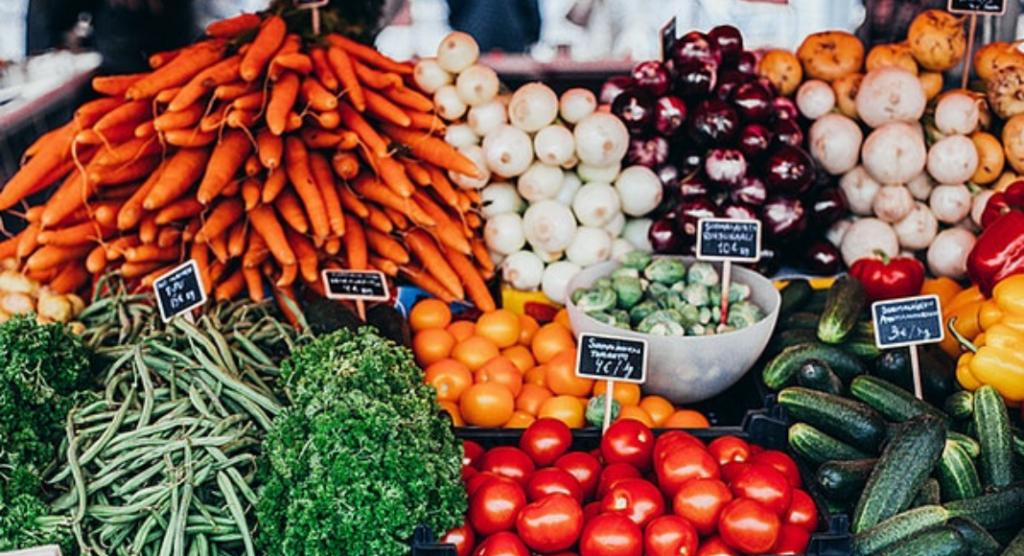3 Plant-Based Meals to Take Advantage of Summer Vegetables