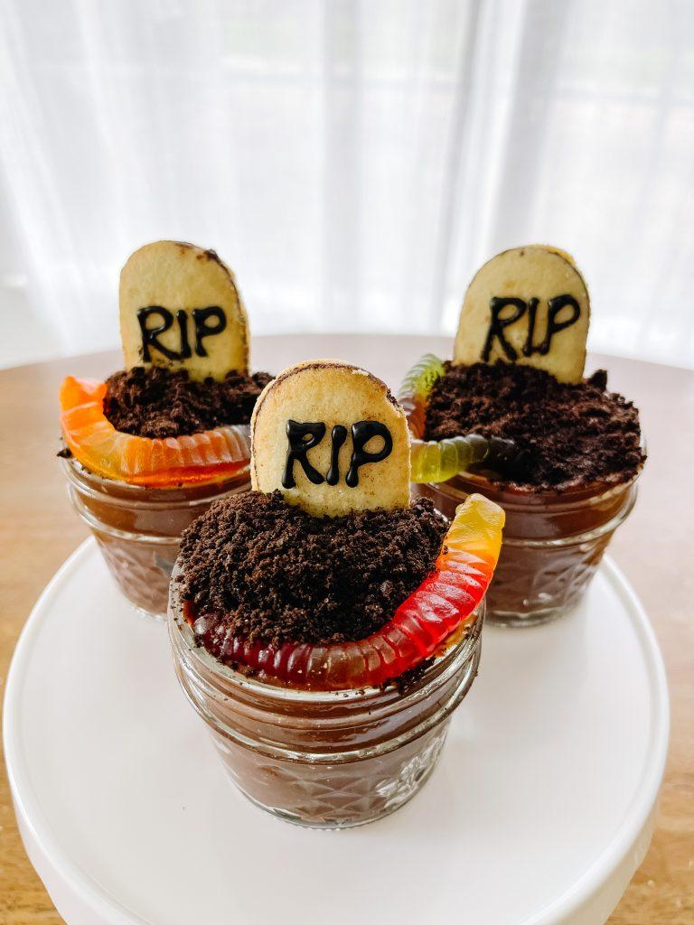 8 Fun and Easy Halloween Treats and Snacks